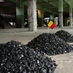 Marcel Broodthaers, Trois tas de charbon, 1966-67