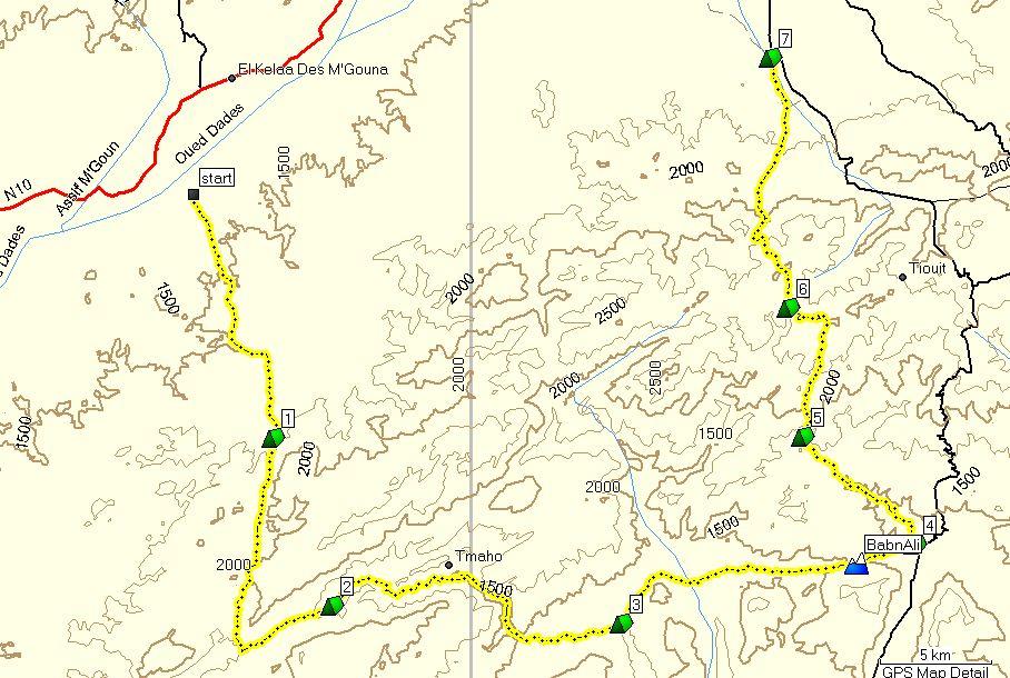 kaart met hoogtelijnen